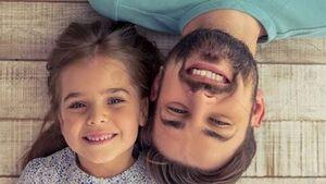 پدران بخوانند؛ دخترانتان را از عشق و عاطفه سیراب کنید