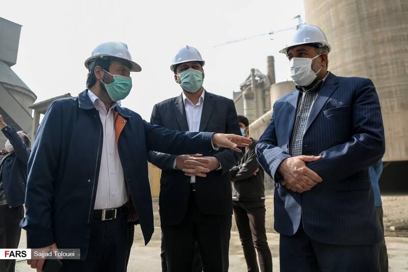 بازدید نمایندگان تهران از کارخانه سیمان ری سید محسن دهنوی حسین توکلی و علی یزدی خواه