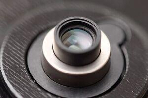 لنز حرفهای دوربین برای نخستین بار به گوشی اضافه میشود