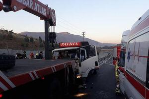 ۱۴ مصدوم و یک فوتی بر اثر واژگونی اتوبوس در هشتگرد