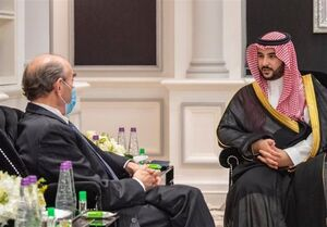 دیدار و گفتوگوی «الیوت آبرامز» و «خالد بن سلمان» در عربستان