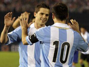 خداحافظی همبازی مسی و رونالدو از فوتبال +عکس