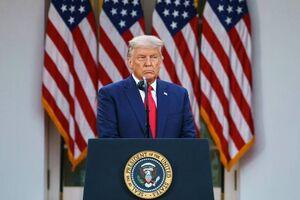 عکس/ چهره ناراحت ترامپ در کاخ سفید