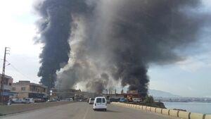 عکس/ انفجار خط لوله نفت در لبنان