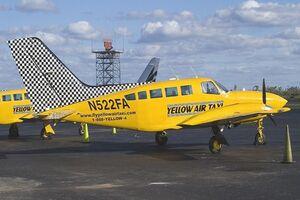 وزیر راه: مردم میتوانند با هواپیمای شخصی خود مسافرکشی کنند!