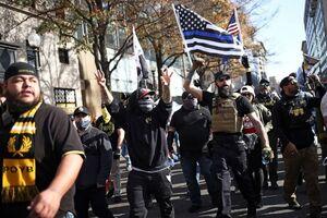 طرفداران ترامپ به حامیان بایدن حملهور شدند/مداخله فوری پلیس