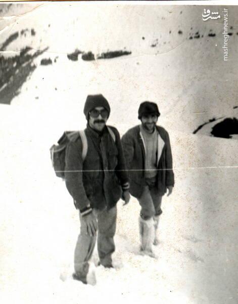 شهید حاج رضا قائمی(نفر سمت چپ)