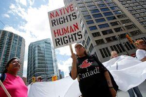 استانداردهای دوگانه حقوق بشری کانادا