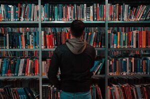 کتابخانه ۷۵ متری روستایی با ۵۰۰ عضو