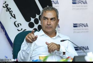 گلمحمدی در کشف بازیکنان جوان هنرمند است