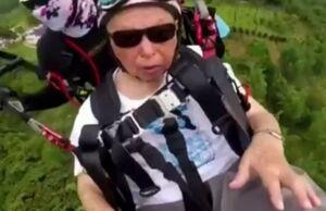 فیلم/ پاراگلایدر سواری مرد ۱۰۵ ساله