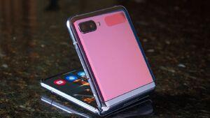 ساخت گوشی Galaxy Z Fold Lite تایید شد