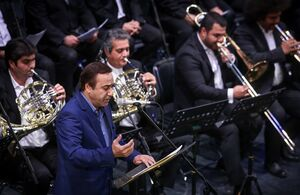 در ایران دومافیا با قدرت بسیار زیاد وجود دارند،مافیای خودرو و مافیای موسیقی