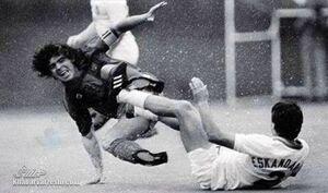 تنها بازیکن ایرانی که مارادونا را شکست داد