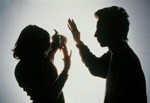 وضعیت قرمز خشونت علیه زنان و کودکان در فرانسه و انگلیس