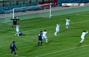 فیلم / اولین VAR فوتبال ایران بدون زیرساخت!
