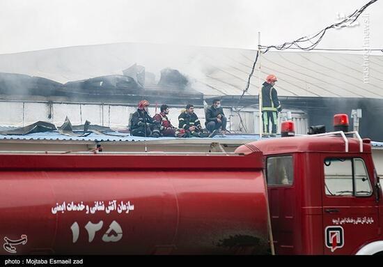 فیلم/آتشسوزی گسترده حوالی مترو شوش تهران