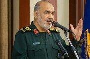 سرنوشت دشمنان ایران اسلامی تا ابد شکست است/بسیج فلسفه حیات و پاره تن ملت است