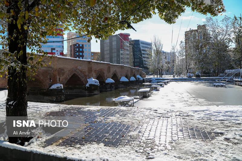 بارش اولین برف پاییزی در اردبیل