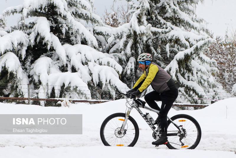 اولین بارش برفو پاییزی در زنجان