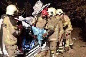 واژگونی خودرو ۲۰۷ در اتوبان تهران-قم ۵ کشته و مصدوم برجای گذاشت