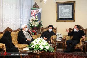 عکس/ دیدار دادستان کل کشور با خانواده شهید فخری زاده