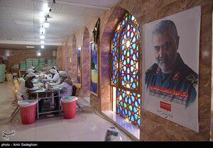 عکس/ کارگاه تولید ماسک در حرم مطهر علی بن حمزه