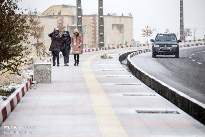 بارش اولین برف پاییز ۹۹ در سنندج
