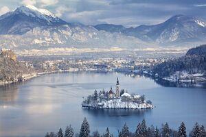 ۱۲ منظره زمستانی واقعی که به رویا شبیه هستند +عکس