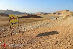 عکس/ خشک شدن آب سد خاکی عبدل آباد بجنورد