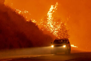 تصاویر جدید از آتش سوزی در کالیفرنیا