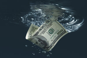 افت ارزش دلار در سال آینده ادامه خواهد داشت