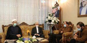 حضور نماینده رهبر انقلاب در دانشگاهها و وزیر علوم در منزل شهید فخریزاده