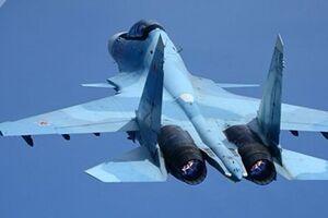 «سوخو-۳۰ » روسیه ۳ هواپیمای نظامی آمریکا و فرانسه را رهگیری کرد
