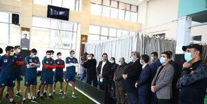 شهردار تهران و دوستان در اردوی تیم فینالیست آسیا چه میکنند؟/ پروتکل های خیالی در پرسپولیس