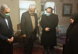 ابلاغ مراتب همدردی رهبرانقلاب به خانواده شهید فخریزاده +عکس