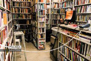 عکس/ بازار کتابفروشان در روزهای کرونایی