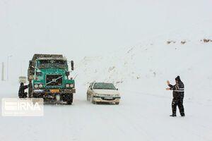 جاده درگز- قوچان بر اثر کولاک بسته شد