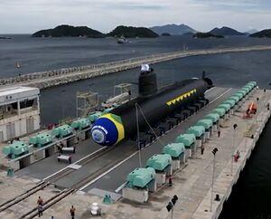 عکس/ دومین زیردریایی برزیل به آب افتاد