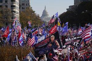 راهپیمایی همزمان موافقان و مخالفان ترامپ در واشنگتن دی. سی