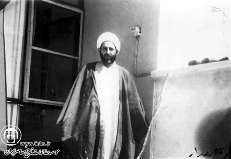 1353. آیتالله محمد یزدی در تبعیدگاه رودبار