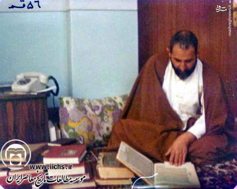 1356. قم؛ آیتالله محمد یزدی در منزل شخصی