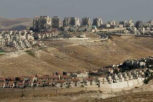 حمله یک صهیونیست به یک زن و کودک فلسطینی در کرانه باختری