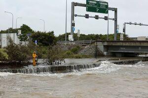 عکس/ طوفان مهیب سواحل استرالیا را درنوردید