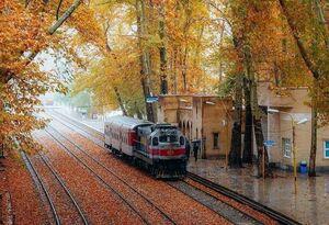 تصویری زیبا از ایستگاه راه آهن بیشه