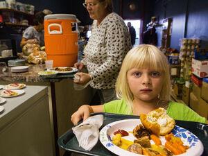 از هر ۴ کودک آمریکایی یک نفر در خطر گرسنگی قرار دارد/ ۵۰ میلیون نفر در آمریکا امنیت غذایی ندارند