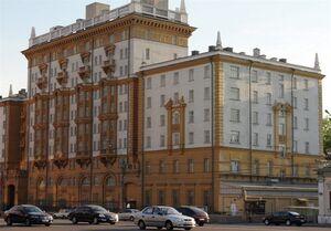 توضیح سفارت آمریکا درباره تعطیلی کنسولگریها در روسیه