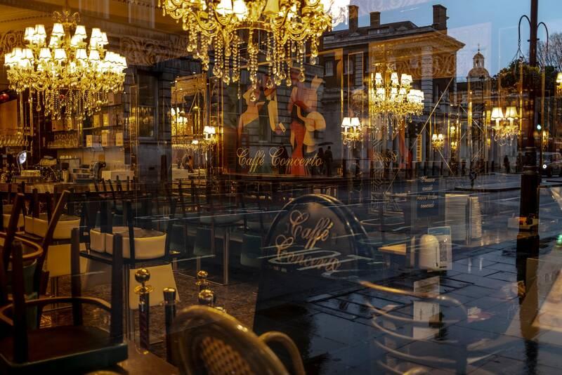 تحولات انگلیس؛ بحرانهای در هم تنیده برگزیت، کریسمس و کرونا