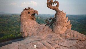 عکس/ بزرگترین مجسمه پرندگان جهان