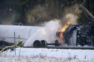 عکس/ آتش گرفتن قطار حامل نفت در واشنگتن